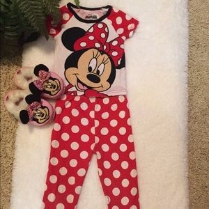 Disney Minnie Mouse 2 piece pajamas